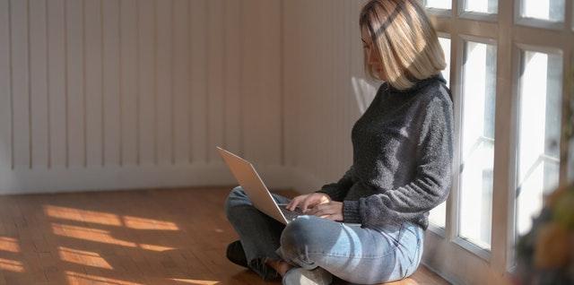 Digitális lelkibeszélgetés